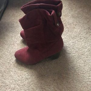 Red Rampage boots